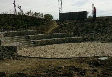 Környezettudatosság erősítése és a porterhelés csökkentése Nagyszentjánoson közterület természetbarát megújításával